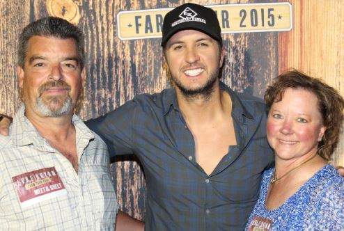 Luke Bryan Sweepstakes Winner Meet and Greet